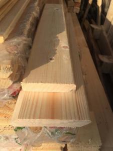 скошенный планкен из сосны