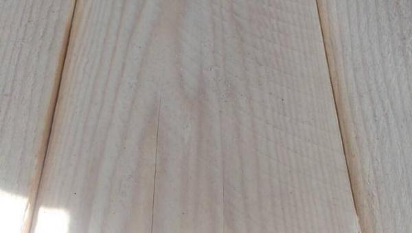 Обрезная доска из пихты